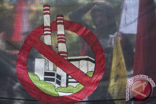 Mahasiswa tuntut izin lingkungan PLTU Teluk Sepang dicabut