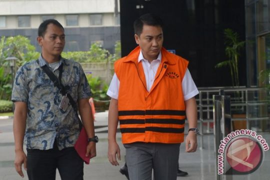 KPK perpanjang penahanan Fayakhun Andriadi