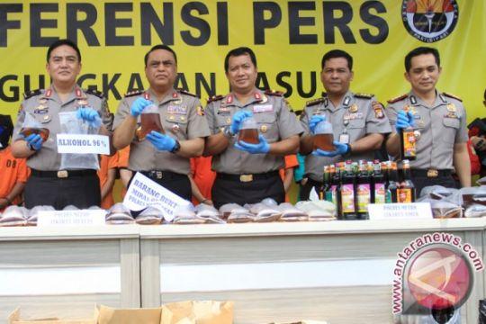 Polisi telusuri keterkaitan korban miras oplosan Bekasi-Jakarta-Depok