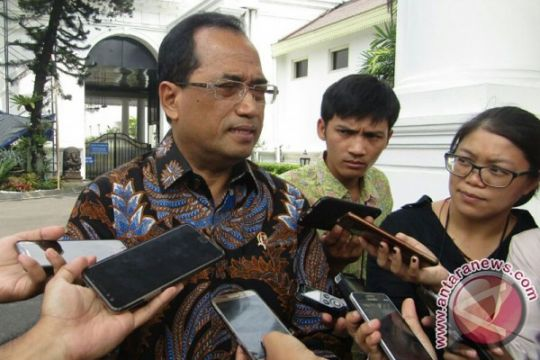 Menhub wacanakan jalur khusus bus di Tol Tangerang
