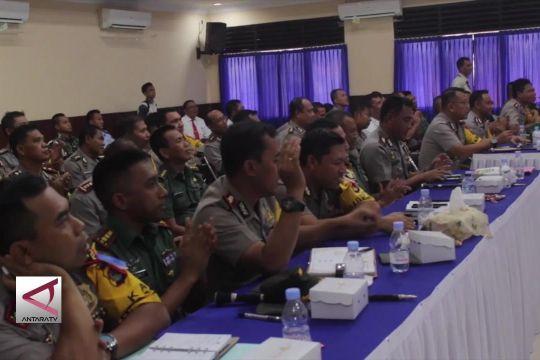 Penyerahan Dana Pengamanan Pilkada ke Korem 162 WB