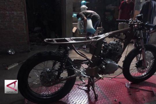 Motor Café Racer milik Gibran dibuat di Solo