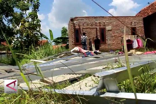 Puting beliung terjang kabupaten Cirebon