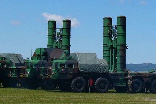 Rusia akan kirimi Suriah rudal antipesawat canggih S-300