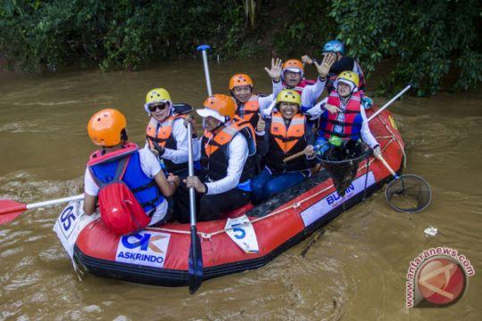 BUMN bersih sungai Ciliwung