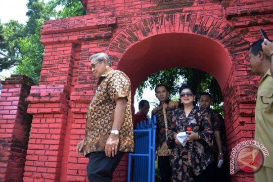 Kunjungan keluarga SBY ke Mojokerto