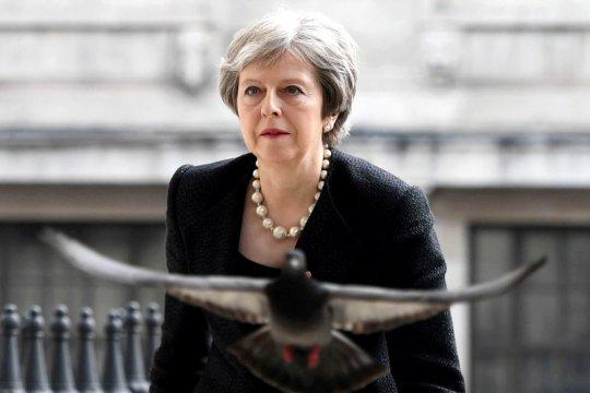Inggris desak Rusia bebaskan kapal-kapal dan awak Ukraina