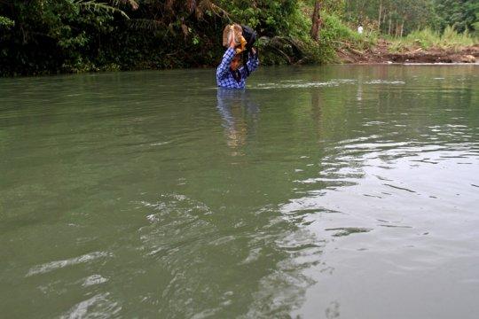 Puluhan rumah rusak dihantam banjir di Mamasa Sulbar