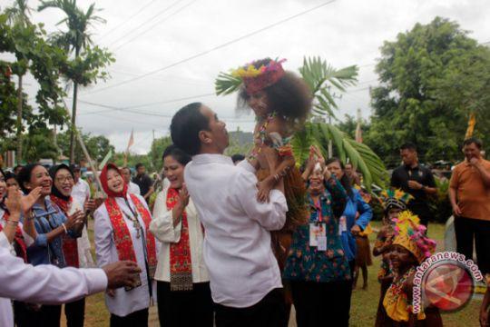Jokowi mengikat hati di Tanah Papua