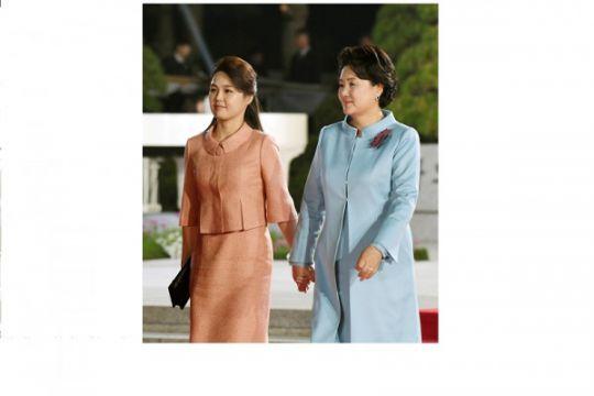 Ri Sol-ju, istri Kim Jong-un, tampil sebagai Ibu Negara Korea Utara