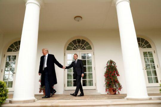Trump serang  Macron sepulang dari Paris
