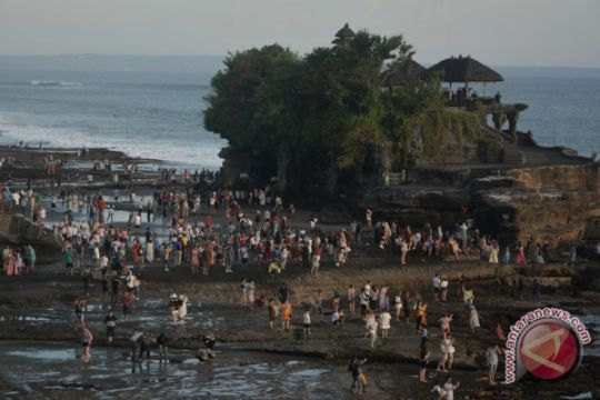 Megawati tutup Festival Tanah Lot