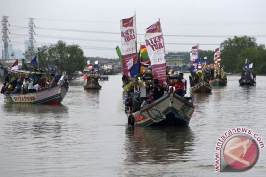 Nelayan Muara Angke berhenti melaut saat pemilu