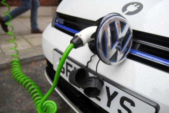 """Volkswagen akan luncurkan stasiun pengisian daya """"mobile"""" untuk mobil listrik"""