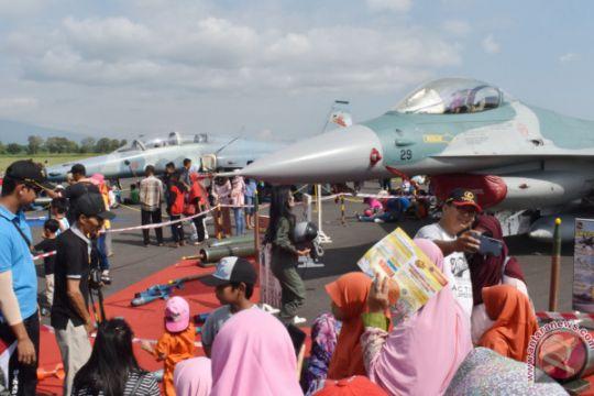 'Open House' TNI AU
