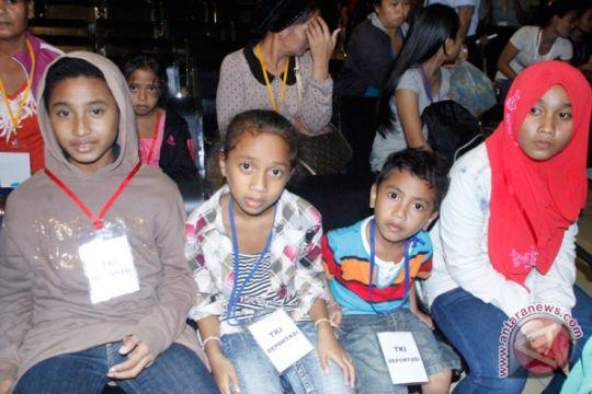 Banyak anak WNI tanpa identitas di Malaysia