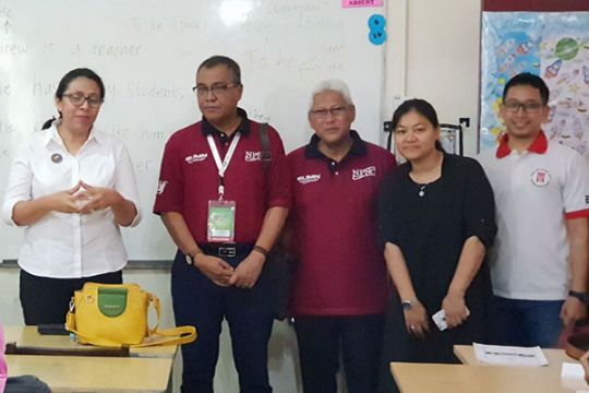Staf khusus menteri BUMN kunjungi sekolah TKI
