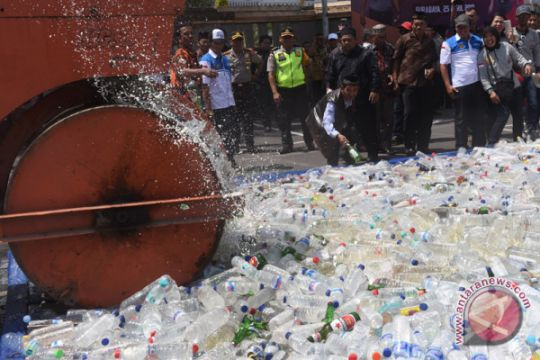 Polisi Surabaya serukan perangi minuman keras