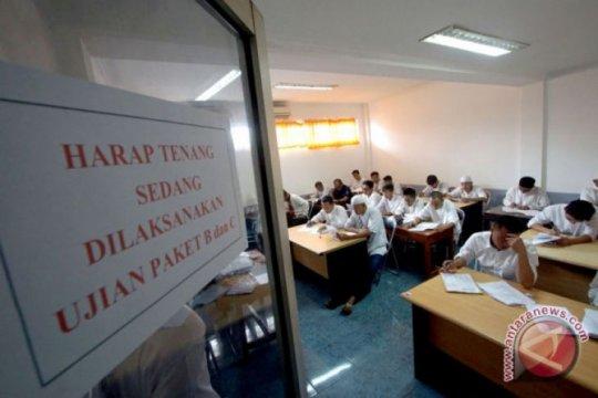 Lima narapidana anak di Palembang ikut Ujian Nasional