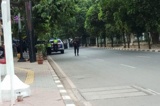 Di Surabaya, polisi baku tembak dengan teroris