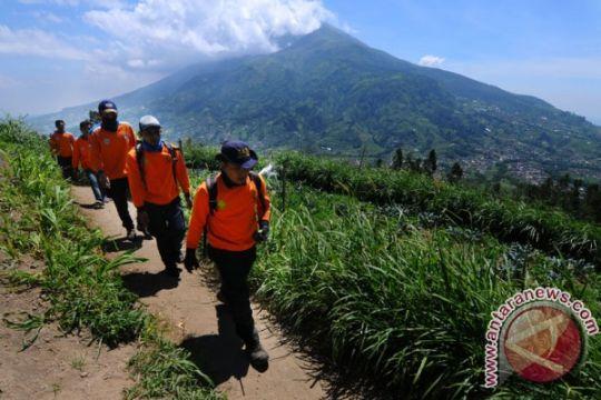 OPRB: masyarakat tetap tenang meski Merapi berstatus waspada