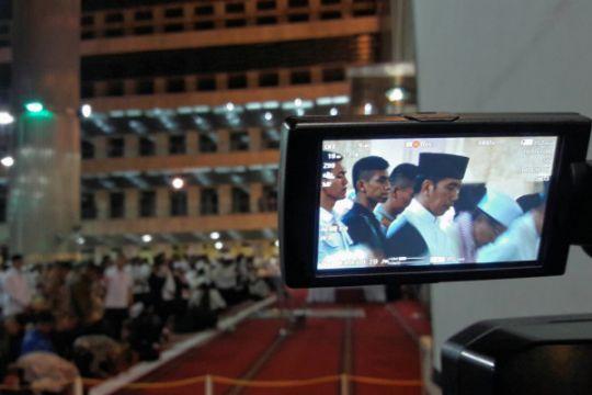 Presiden Jokowi solat tarawih di Istiqlal