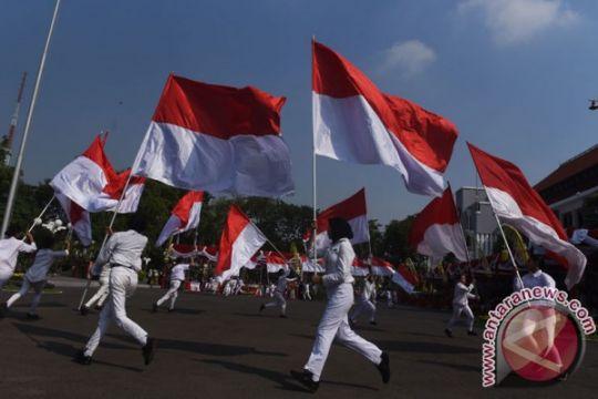 Masyarakat diimbau pasang bendera sebulan penuh