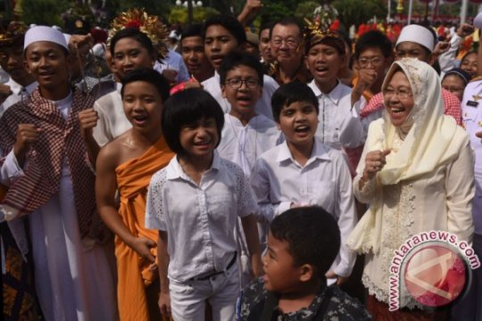 Siapa pengganti Risma di Pilkada Surabaya 2020?