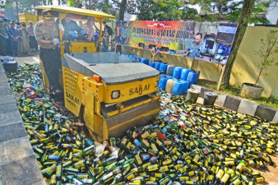 16 tewas di Kota Palu diduga akibat miras oplosan