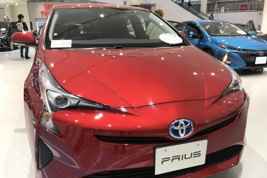 Nedo, Sharp dan Toyota akan uji coba baterai tenaga surya