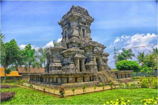 Inspirasi lokasi liburan sambil jelajah masa lampau di Malang