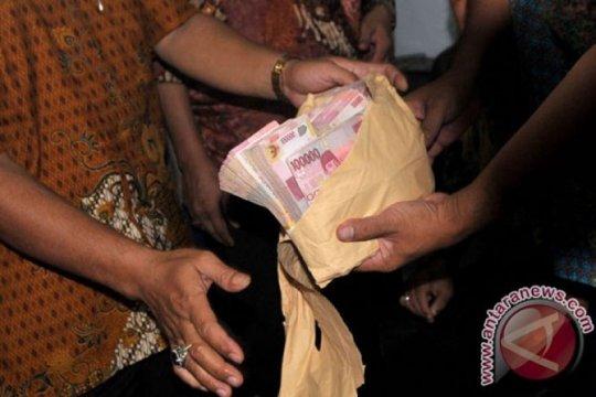 Hakim tanyakan asal Rp4,4 miliar uang ganti rugi korupsi Mading Kendal