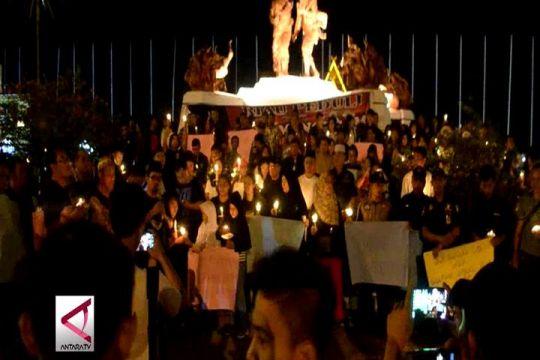 Aksi Seribu Lilin di Kota Pekanbaru