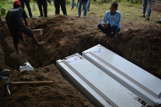 Jenazah terduga teroris dimakamkan di Batu Banyak