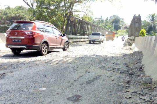 Arus kendaraan di Way Kanan, Lampung meningkat
