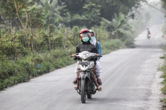 Abu vulkanik letusan Merapi