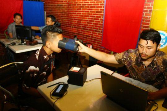 Dispendukcapil Surabaya buka layanan KTP-E nonstop jelang pilkada Jatim