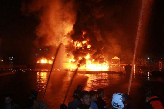 Rumah tinggal terbakar di Pulogadung