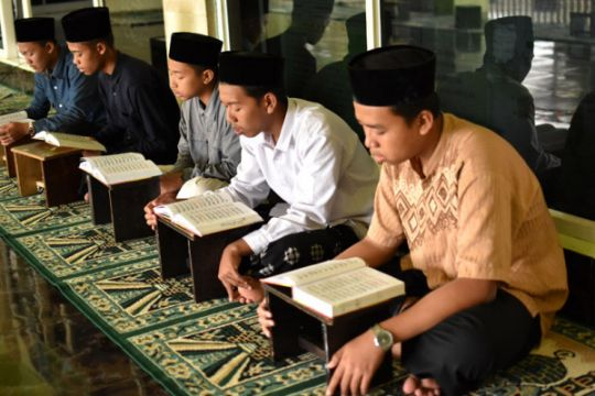 Mengaji kitab selama Ramadhan