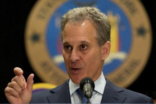 Jaksa Agung New York mundur atas laporan kekerasan terhadap wanita