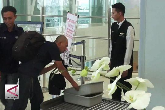 Landing dan take off perdana di Bandar Udara Kertajati