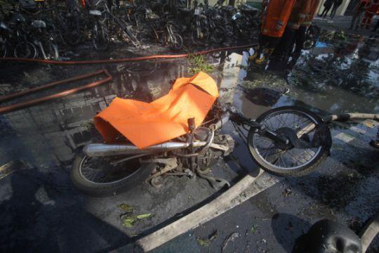 Teror pembakaran kendaraan di Semarang, hari ini tiga sepeda motor