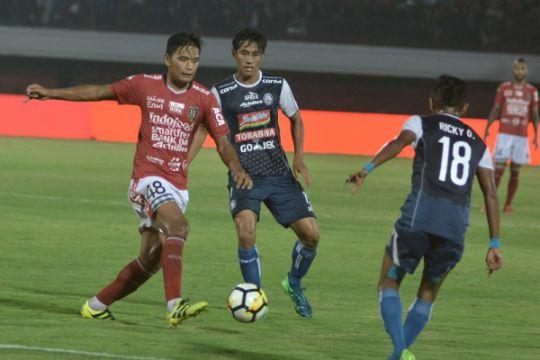 Bali United tak diperbuat Bachdim dan Spasojevic