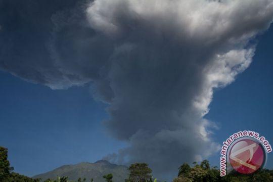 BNPB: masyarakat tidak panik tanggapi letusan Merapi