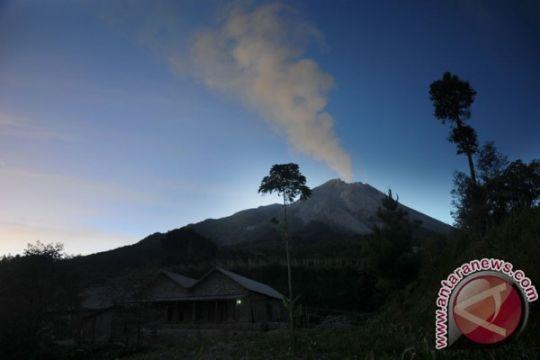 Wisatawan Merapi diimbau parkir kendaraan arah keluar