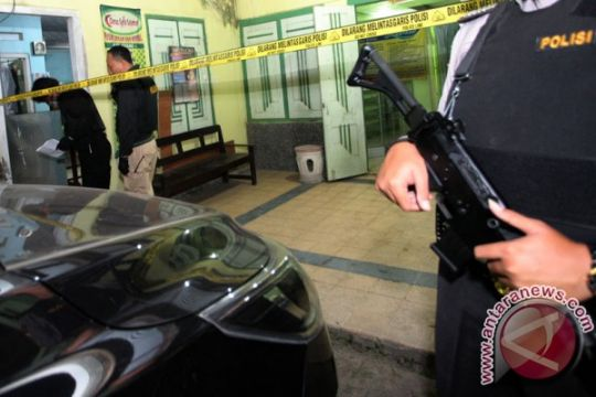Densus 88 geledah rumah terduga teroris di Blitar