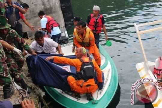Pertamina salurkan 5,8 kiloliter Pertalite untuk operasi SAR KM Sinar Bangun