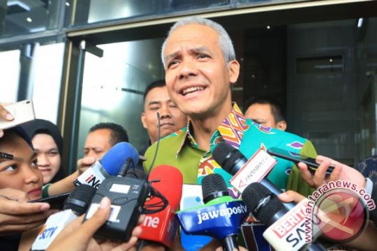 Ganjar minta manajemen transportasi di Bandara Semarang lebih diatur