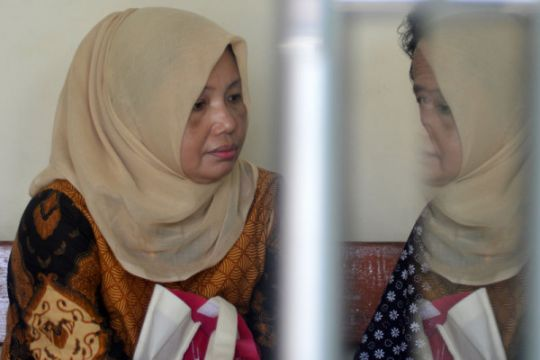 Tuntutan kasus suap Bupati Jombang