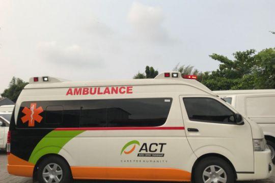 Ambulans ACT disiagakan di Pelabuhan Merak untuk pemudik